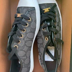 NWT/NWB Coach Sneakers Black-Smoke/Black size: 8M